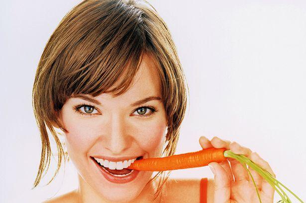 ¿Por qué es importante masticar por los dos lados de la boca?